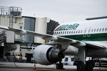 Alitalia, accordo con i sindacati: revocato lo sciopero del 22 settembre