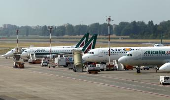 Alitalia:Delrio valuta precettazione