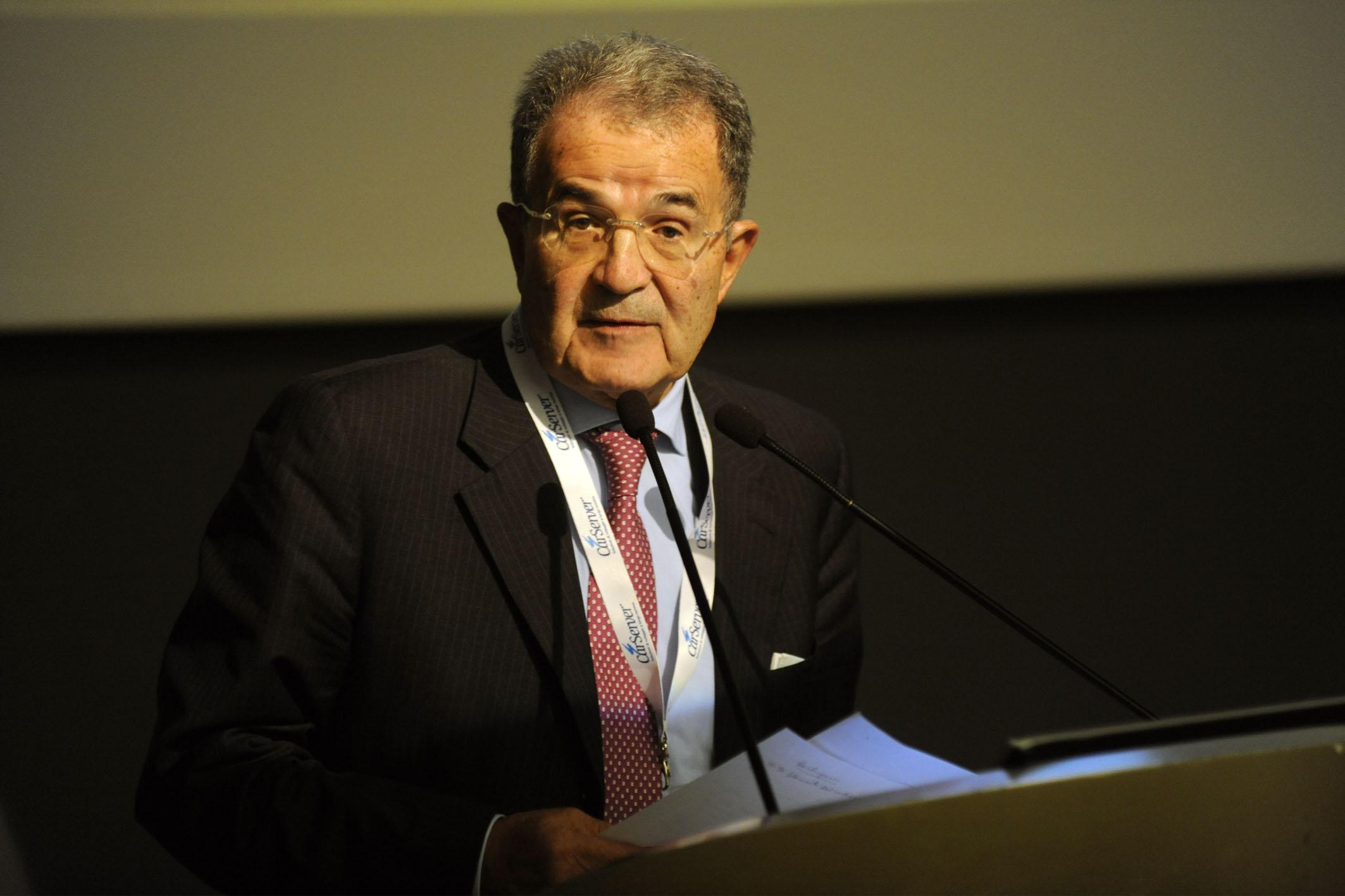 """Referendum, Prodi: """"Riforma modesta, ma voto Sì"""""""