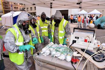 Incidente chimico in città, simulata maxi-emergenza al Gemelli /Foto