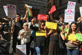 Al via il Fertility Day a Roma, ma fuori scatta la protesta: Lorenzin, dimettiti /Foto