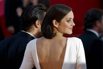 Marion Cotillard: Sono incinta. E nega flirt con Brad Pitt