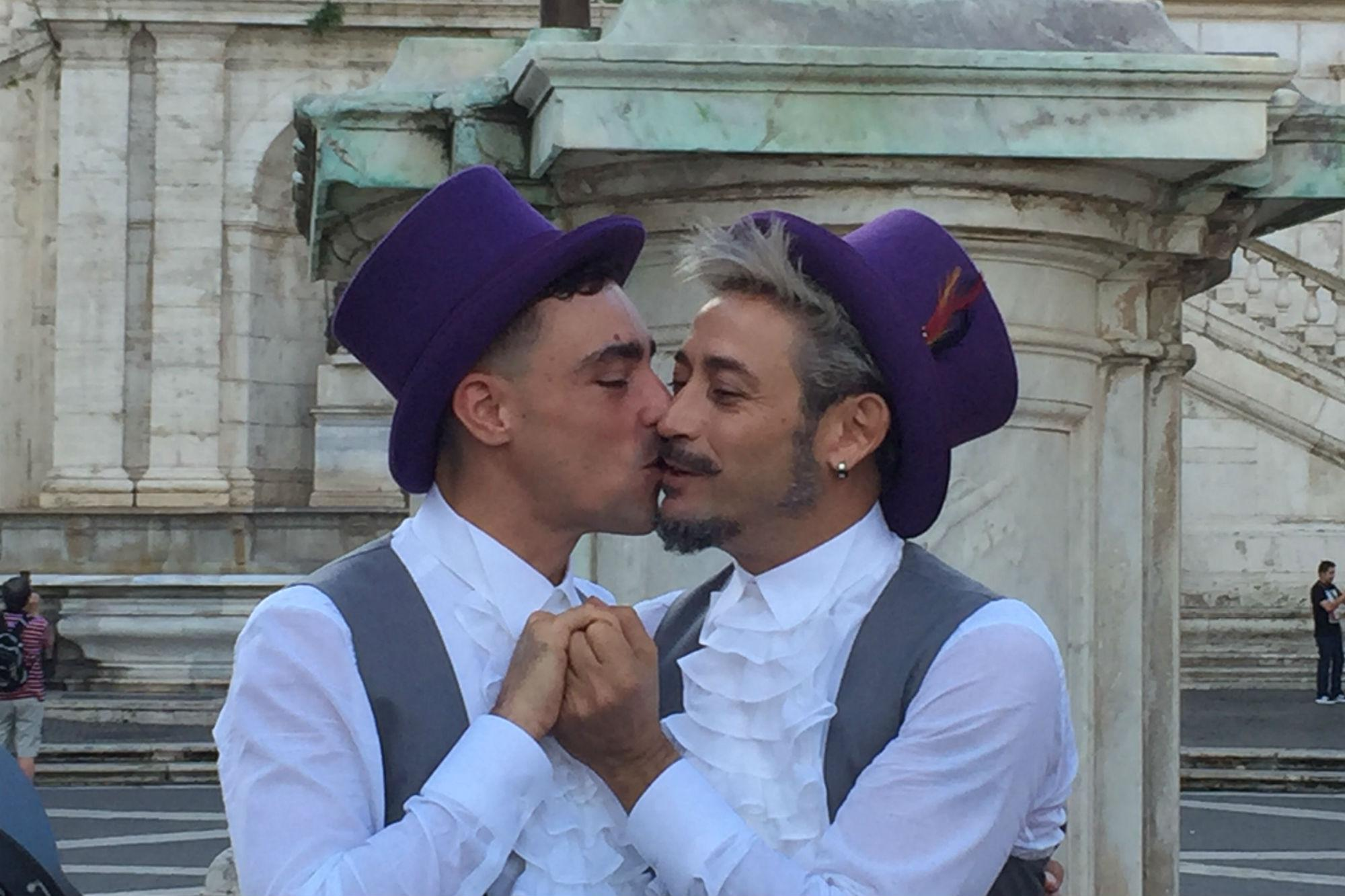 gay escort napoli cerco gay torino