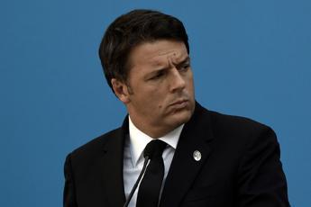 Renzi: Nessun taglio alla sanità e niente tassa sul fumo
