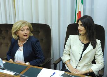 Roma: Muraro consegna a Ecomafie dossier mille pagine