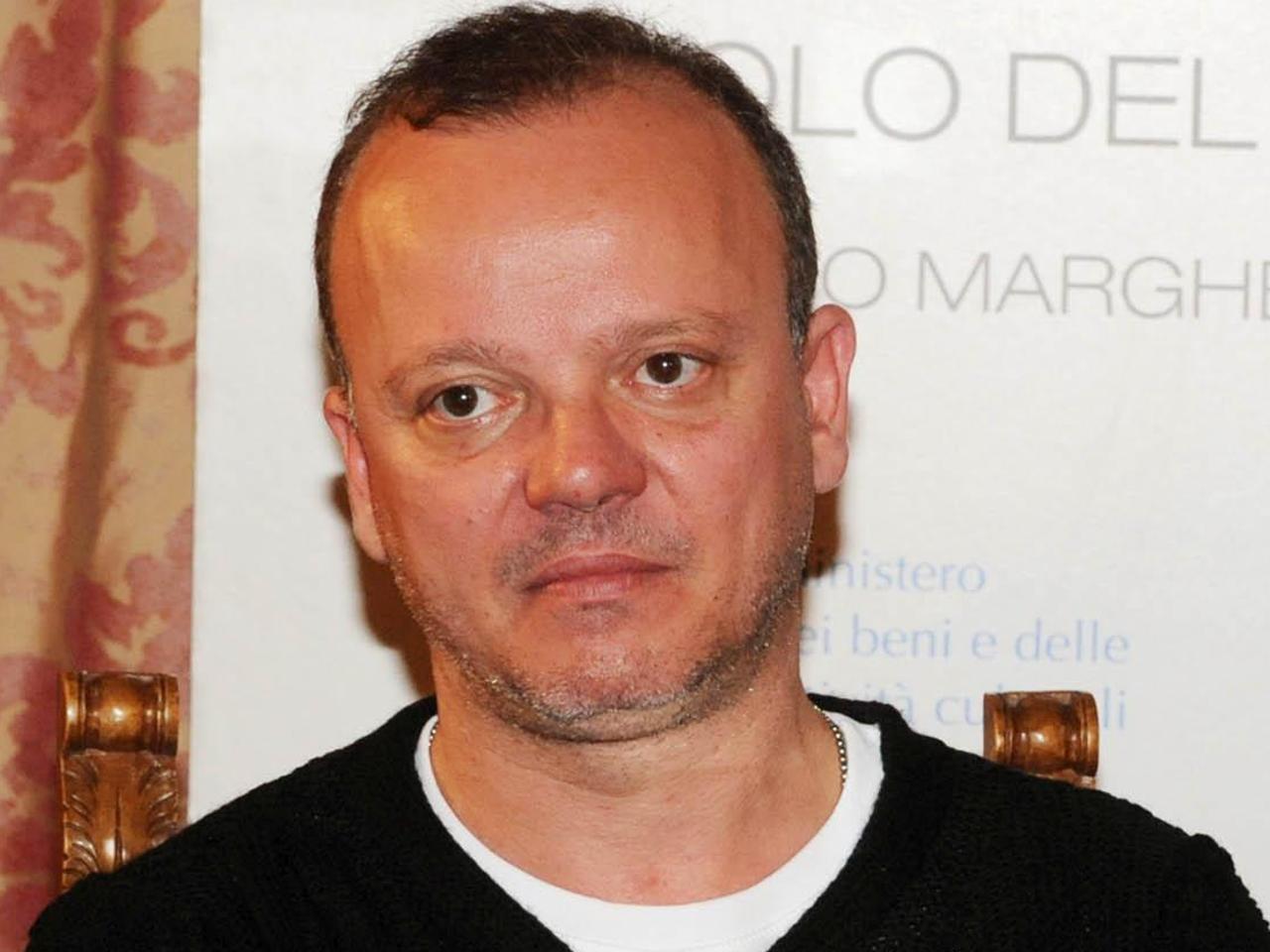 Gigi D'Alessio invitato alla festa dell'Unità, scoppia la polemica nel Pd
