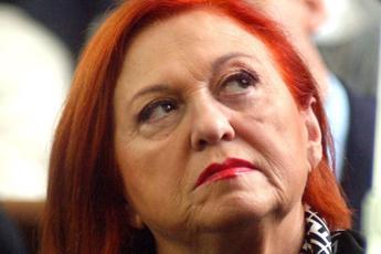 Isola dei Famosi, Alessia Marcuzzi contraria a Stefano Bettarini come inviato