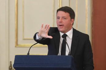 Ue: Renzi, Orban si sciacqui la bocca