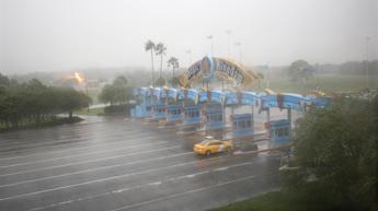L'uragano Matthew fa chiudere Disney World: è la prima volta in 11 anni /Foto