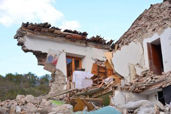 Risultati immagini per immagini di terremoto