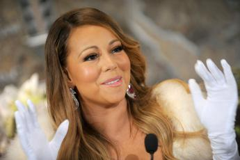 Mariah Carey mollata dal miliardario James Packer: