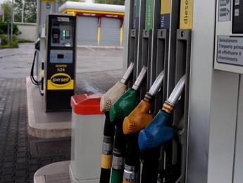 Benzina e diesel, ecco i prezzi