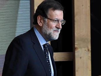Spagna, via libera dei socialisti a formazione nuovo governo Rajoy