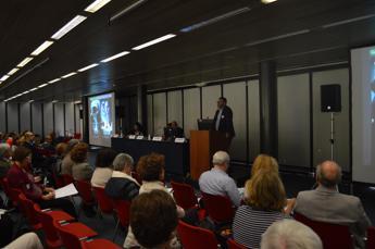 'Dialoghi di scienza a Firenze', esperti a confronto sulle terapie del futuro /Video 1 - 2 - 3 - 4