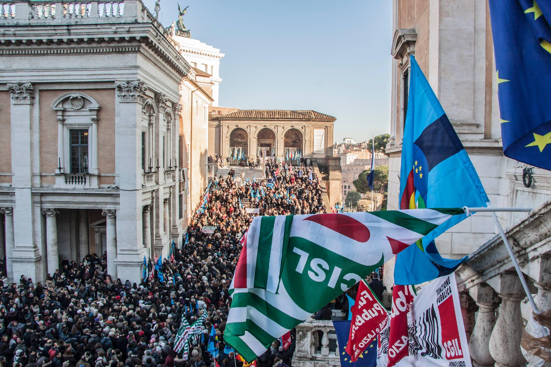 """Roma, sindacati: """"Su salario accessorio pronti allo sciopero"""""""