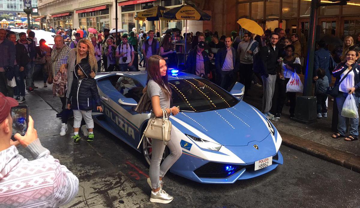 Lamborghini della Polizia a Ny, la supercar pattuglia la Grande Mela