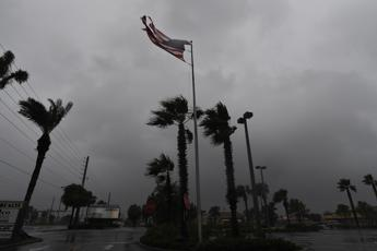 L'uragano Matthew arriva in Florida: 4 morti. Haiti devastata