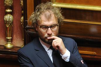 Sfiducia Lotti, M5S ritira mozione alla Camera