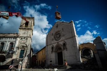 Sisma centro Italia, oltre 30 scosse nella notte