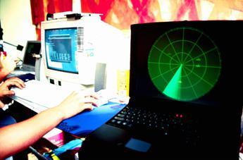 Il Natale rende più buoni gli hacker, a dicembre crollo dei cyber attacchi in Italia