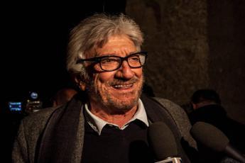 Auguri a Mandrake, Gigi Proietti compie 76 anni /Video
