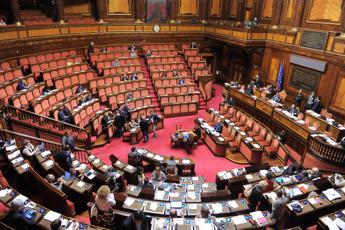 Manovra, arriva il sì del Senato: è legge