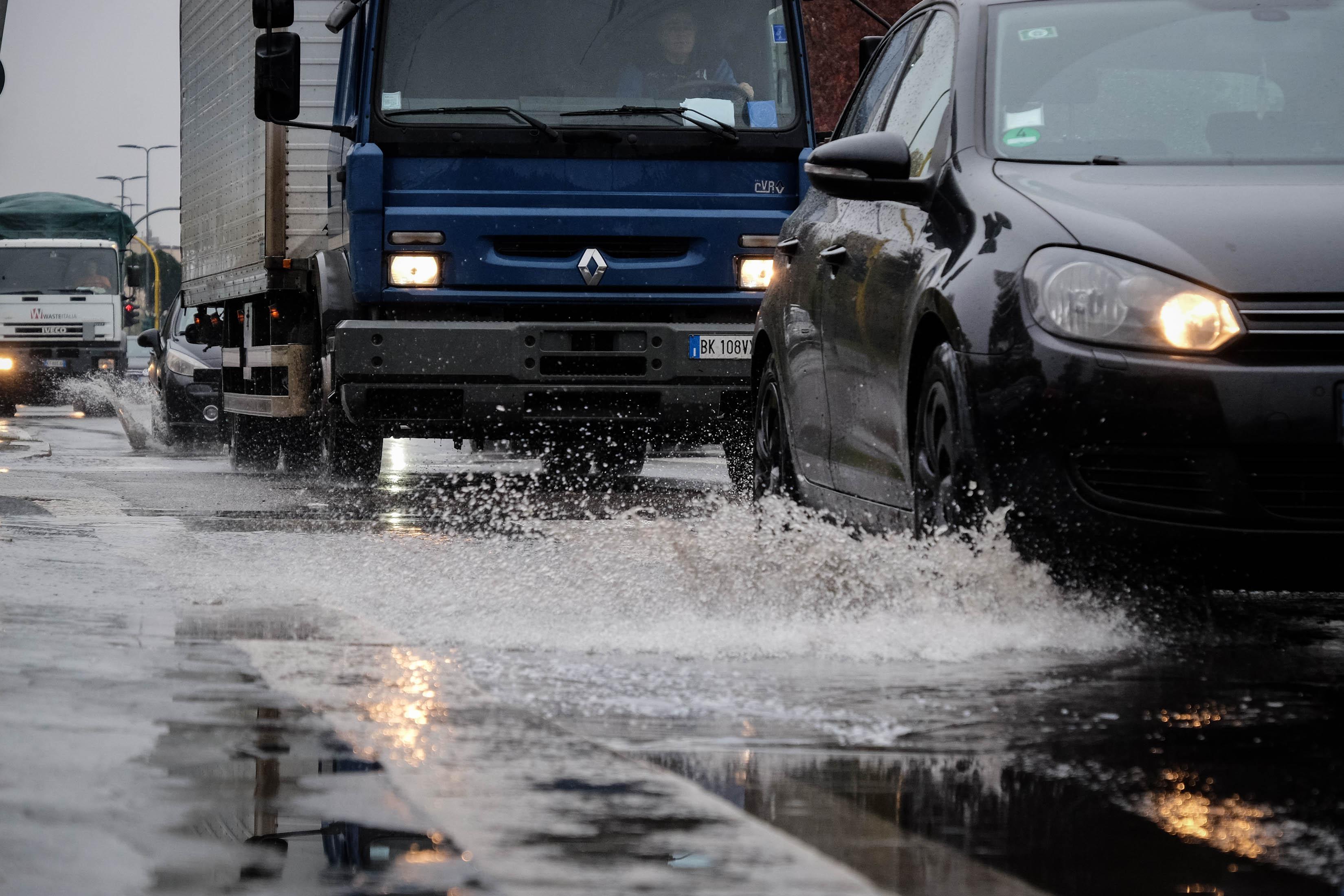 Maltempo, allerta rossa in Piemonte: forti piogge su torinese e cuneese