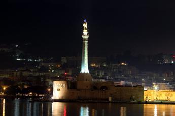 Operai morti a Messina, grave ma stazionario il marittimo ferito