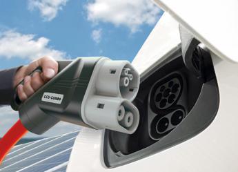 Auto elettrica,alleanza Bmw, Daimler, Ford e VW per rete ricarica ultra-rapida