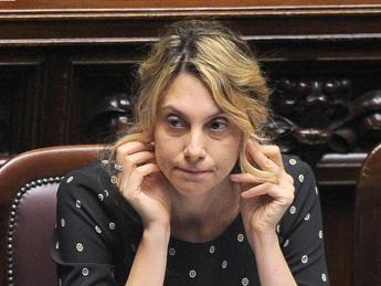 Contratto statali, nodo irrisolto sui 85 euro. Sindacati chiedono modifica