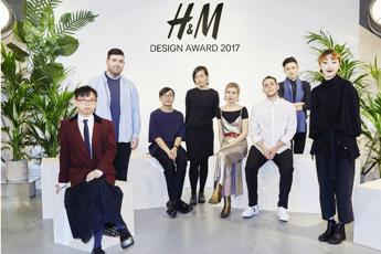 Richard Quinn vince l'H&M Design Award 2017
