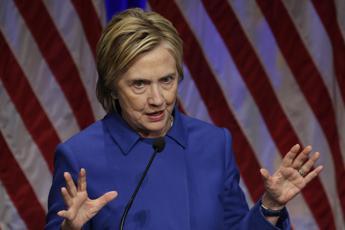 L'addio commosso di Hillary :
