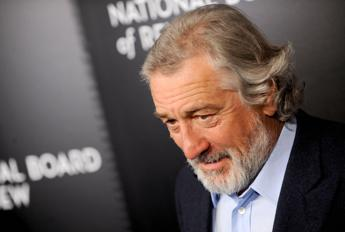 De Niro: Non posso prendere a pugni Trump, magari emigro in Italia... /Video