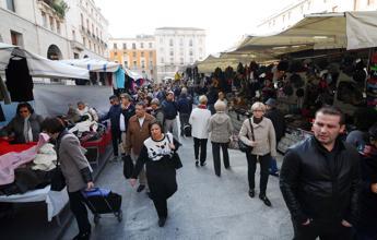 Roma, ok mozione M5S contro Bolkestein. Da ambulanti minacce a Onorato