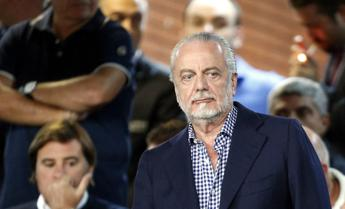 Napoli, De Laurentiis ai tifosi:
