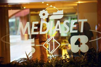 Mediaset, esposto a Gdf da associazione culturale: Estorsione da Vivendi