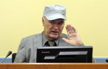 Crimini guerra, procuratore Cpi chiede ergastolo per Mladic