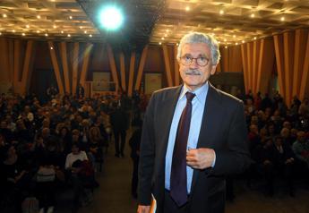 D'Alema: Sollevato di non essere più nel Pd