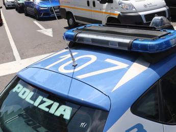 Napoli: salvato neonato, stava per essere buttato nella spazzatura