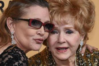 Debbie Reynolds e Carrie Fisher sepolte insieme a Los Angeles