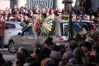 Mattarella e Minniti a Sulmona per funerali di Fabrizia