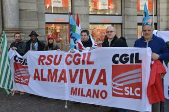 Almaviva, Calenda: A Roma non c'è alternativa a licenziamenti