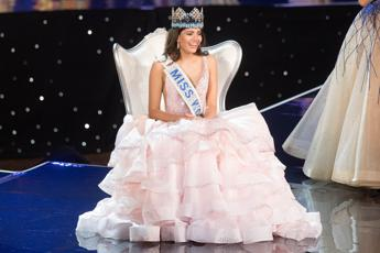 Stephanie Del Valle è Miss Mondo 2016