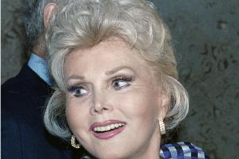 Hollywood, addio a Zsa Zsa Gabor