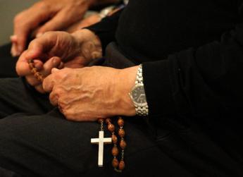 Firenze, ladri in convento: suora 80enne tenta di bloccare i malviventi