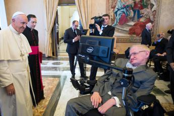 Stephen Hawking 'treated at Rome's Policlinico Gemelli hospital'