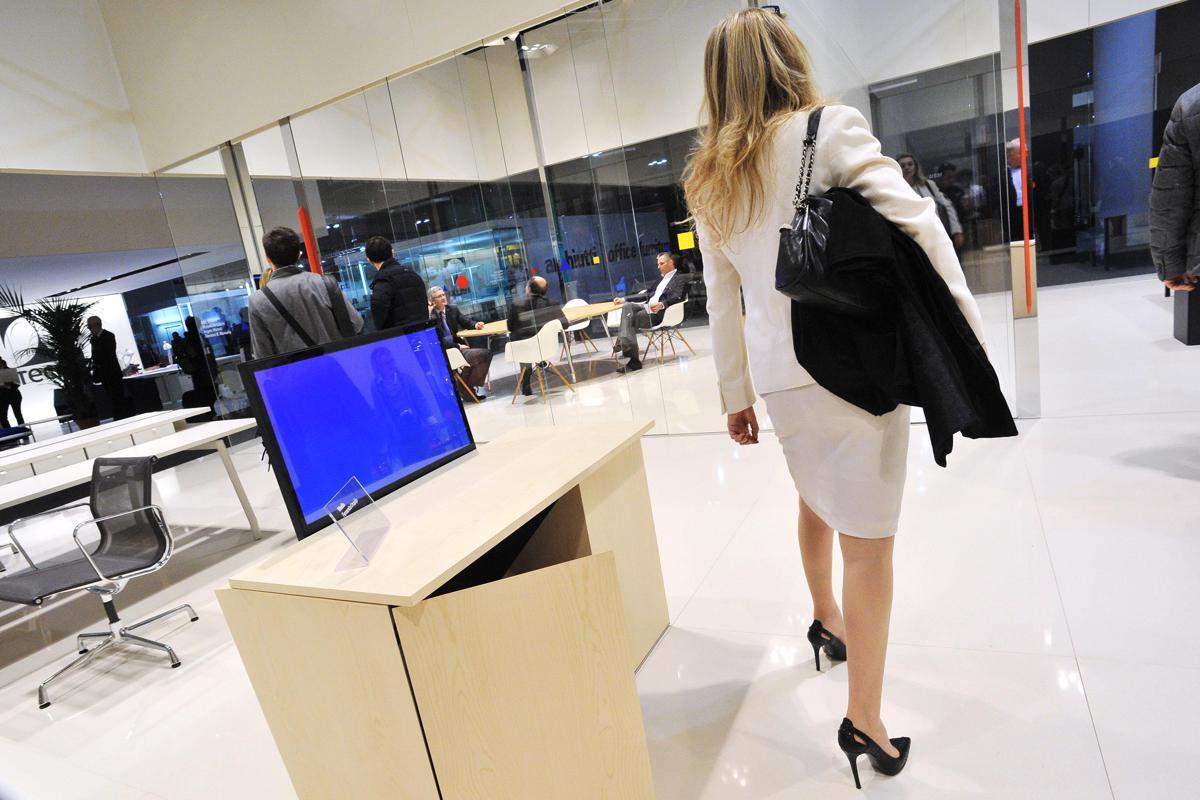 Francia, si avvicina alla pensione e lascia azienda ai dipendenti
