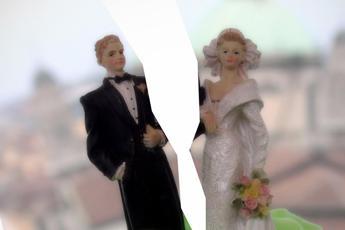 La coppia scoppia a Natale, boom di divorzi dopo le feste