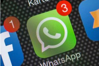 Addio cash, ora pago con WhatsApp