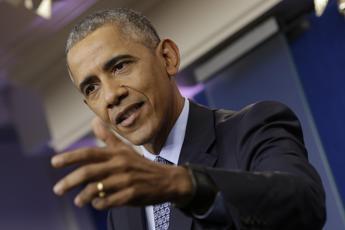 Obama: Gli americani e la democrazia hanno bisogno della stampa